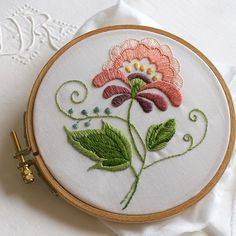 Crewel And Embroidery Kits Wool Embroidery Designs Bordado Jacobean, Crewel Embroidery Kits, Learn Embroidery, Embroidery Needles, Silk Ribbon Embroidery, Vintage Embroidery, Cross Stitch Embroidery, Embroidery Books, Embroidery Alphabet