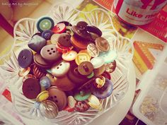 A bunch of vintage buttons!