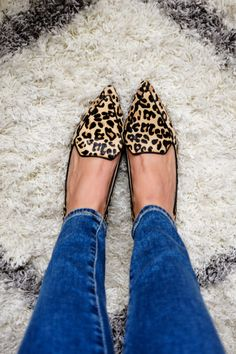 Pointed Toe Leopard Print Flats with Skinny Jeans