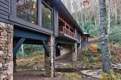 Bridge House: Home Across A Stream   Architects Corner