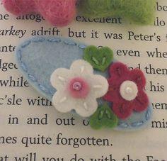 NO SLIP Wool felt hair clip Double daisy ecru / by MayCrimson, $7.00