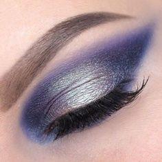 Кому синий smoky?olgablik.com #blue #violet #smokyeyes #tutorial #howto #smoky #eyes #eyeshadow #palette #matte #tammytanuka #pigment #photo #Phantom002 #makeup #fashionmakeup #макияж #визаж #обучение @tammytanuka #пошагово #визажист #бьютиблогвизажиста #бьютиблог #смоки #смокиайс