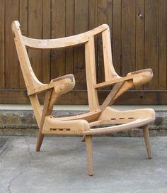 Papa Bear (Bare to the bone) Chair by Modernica…