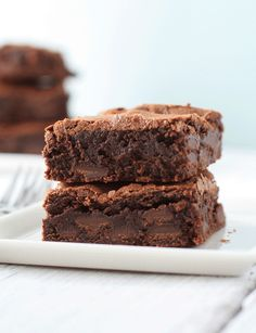 Chocolate brownies that allegedly meet the requirement of cakey, fudgy, and chewy. Want to try.