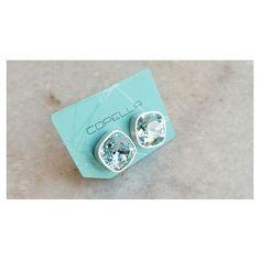 Light Azore: Um dos cristais mais lindos de nossa paleta  [Compre via direct] #Copella #azul #swarovski #brinco #prata