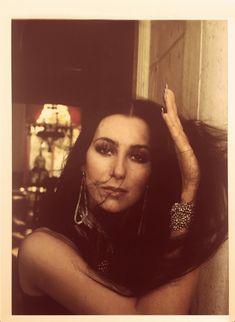 girlmuse: Cher by Douglas Kirkland, 1975 - Be Kind Rewind Charlotte Rampling, Nina Simone, Billie Holiday, Janis Joplin, Twiggy, Alexa Chung, Amy Winehouse, Mon Cheri, 70s Fashion