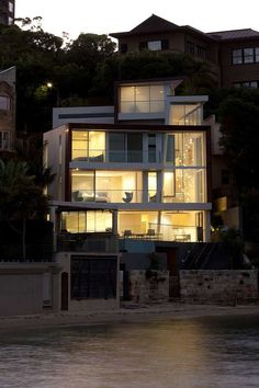 The Point Piper House by POPOVbass is an Idyllic Beach Home #eco