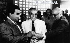 Gabriel Garcia Marquez y Jaime Lusinchi. Caracas, 13-05-1988 (GIORGIO LOMBARDI / ARCHIVO EL NACIONAL)