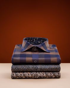 Stylish Shirts, Casual Shirts, Sport Casual, Men Casual, Lion Of Judah, Slim Fit Trousers, Colorful Shoes, Business Outfit, Men Wear