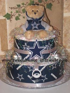Dallas Cowboy fans cake by Simon Lee Bakery dallas cowboys