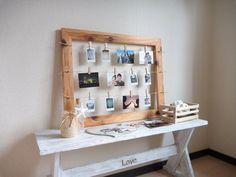 ウッドピンチタイプのフォトフレーム。 木目を活かしたオイルフィニッシュ。 沢山いろんな種類の写真が飾れる。