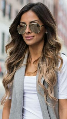 Balayage para morenas http://beautyandfashionideas.com/balayage-para-morenas/ #Balayageparamorenas #Beauty #Belleza #Cabello #Hair #Haircolor #Ideasparaelcabello #mechasbalayage #mechasdemoda #mechasparaelcabello #tendenciasmechas #tipsparaelcabello