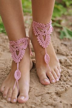 Crochet Powder Pink Barefoot Sandals Nude shoes Beach wedding Foot jewelry Victorian Lace Womens fashion accessory Gift for her Barefoot Sandals Wedding, Crochet Barefoot Sandals, Barefoot Shoes, Wedding Shoes, Barefoot Beach, Bandeau Crochet, Beach Crochet, Diy Crochet, Crochet Wedding