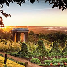 Monticello vegetable garden at sunset - a 'peasful' setting...