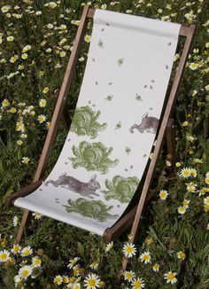 Comfortable and slouchy deckchairs for lazing around in on the decking or the lawn #designsponge #dssummerparty