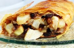 Pear and Apple Strudel stuffed with piping hot pears, apples, walnuts and butter plumped raisins bursting with winter spices and crispy Phyllo dough Apple Desserts, Apple Recipes, Vegan Recipes, Strudel Recipes, Apple Strudel, Happy Hour Drinks, Phyllo Dough, Cake Pans, Raisin