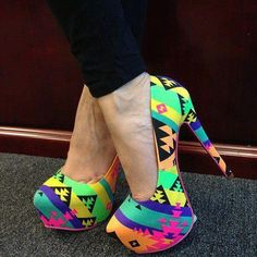 Awesome Style that combines Moda - Pumps: Put ur bst foot with More Street Fashion here. Neon High Heels, Neon Pumps, Hot Shoes, Crazy Shoes, Me Too Shoes, Funky Shoes, Zapatos Shoes, Shoes Heels, Dress Up