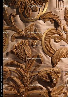 Bordado en oro, artesanía religiosa