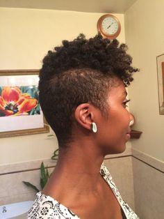 tapered cut on natural hair - - Image Search Results Natural Tapered Cut, Tapered Natural Hair, Tapered Twa, Twa Hairstyles, Twa Haircuts, Undercut Hairstyle, Hairdos, Coiffure Hair, Curly Hair Styles