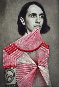 vo@hotmail.comGLTZ, fashion communication inspired by Maurizio Anzeri