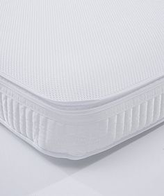 A spring interior infant mattress with Spacetec and COOLMAX freshFX innovation to keep your child's sleeping environment cool and hygienic.