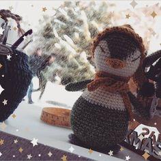 #crochetmania #knittingtime #knit #bhooked #handmade #colours #yarn #hmreny #doitwithyarn #once #knitlife #crocheting #crochetaddicted… Crocheting, Winter Hats, Colours, Knitting, How To Make, Handmade, Instagram, Crochet, Hand Made