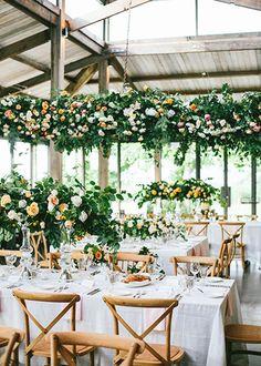 pro tips save money wedding flowers