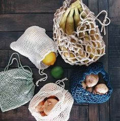 The Mesh Produce Bag Collection Pattern includes 5 detailed crochet patterns to make cotton mesh bag Bag Women, Diy Sac, Ideias Diy, Produce Bags, Simple Bags, Sewing For Beginners, Zero Waste, Free Crochet, Beginner Crochet