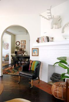 House Tour: A Mid-Century Meets Western Bungalow   Apartment Therapy
