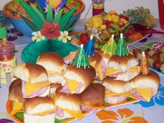 Gather about 2 packages King's Hawaiian Sweet Rolls . Cut eat in . Hawaiian Party Decorations, Hawaiian Luau Party, Hawaiian Birthday, Luau Birthday, Hawaiian Rolls, Birthday Ideas, Hawaiian Theme, Happy Birthday, Laua Party Ideas