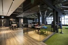 9gag-hk-office-4