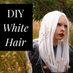White hair is hard to achieve, but I'll show you how to get there at home! White hair is hard to achieve, but I'll show you how to get there at home! Dyed White Hair, White Hair Toner, Diy Hair Toner, Silver Hair Dye, Short White Hair, Silver White Hair, White Blonde Hair, Short Hair, Blonde Lob
