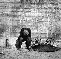 Against the Wall, San Francisco, 1934 - Photo Dorothea Lange