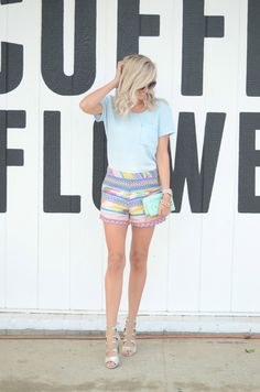 I'm excited to be back in San Diego for a few weeks – you can't beat this sunshine! From head to toe, this adorable look is all from one of my favorite stores, francesca's! These colorful tribalprint shorts are a must! I love that francesca's carries so many great items fit for any fun occasion, …