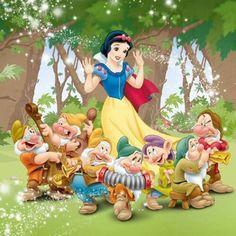 Ideas Wall Paper Iphone Disney Princess Snow White Seven Dwarfs For 2019 Disney Princess Snow White, Snow White Disney, Disney Princess Art, Disney Princess Pictures, Disney Art, Images Disney, Disney Pictures, Snow White Seven Dwarfs, Snow White Birthday