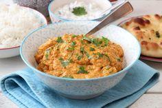 KYLLING TIKKA MASALA MED RAITA OG NAN Chicken Tikka Masala, Curry, Ethnic Recipes, Food, Curries, Essen, Meals, Yemek, Eten