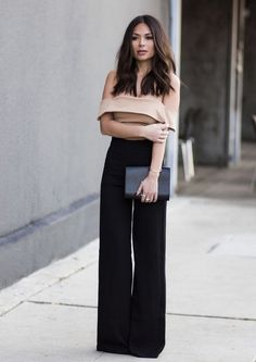 High waisted wide leg pants! glamhere.com Street style Black high waist palazzo pants with off the shoulder cream crop top