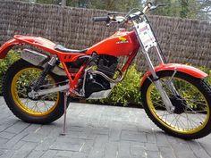 From 1980 to 85 Trail Motorcycle, Motos Trial, Trial Bike, Bike Life, Custom Bikes, Trials, Yamaha, Honda, History