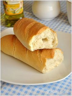 bagietka-francuska - I Love Bake Bakers Gonna Bake, Aga, Dessert Recipes, Desserts, Bread Baking, Hot Dog Buns, Bread Recipes, Sweet Tooth, Grilling