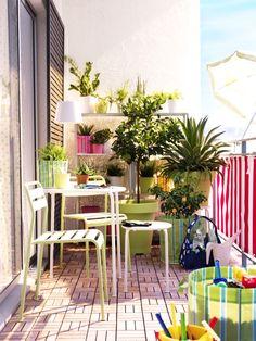 Çiçekleriyle konuşanlar için tasarlanan IKEA'nın değişik saksı ve çiçekliklerini gördünüz mü?