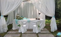 Wedding Tiffany country chic cerimony open air : so cute !