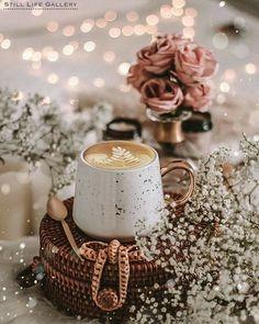 Good Morning Coffee Gif, Coffee Break, Coffee Time, Coffee And Books, Coffee Art, Coffee Cups, Coffee Photos, Coffee Pictures, Coffee Flower
