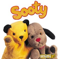 Sooty and Sweep Okay. So they are puppets but they so cute. I loved the Sooty Show. 80s Kids, Kids Tv, Glove Puppets, Back In My Day, My Childhood Memories, 90s Childhood, 90s Cartoons, Kids Shows, Classic Tv