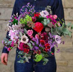bouquet-fleurs-boheme-atelier-lavarenne-fleuriste-lyon Dahlia, Fuchsia, Rose, Floral Wreath, Pastel, Wreaths, Table Decorations, Buttercup, Atelier