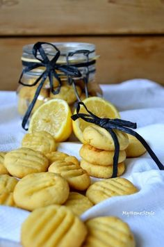 My Home Style: Citronové sušenky Cooking Cookies, Czech Recipes, Croatian Recipes, Sweet Cookies, Homemade Desserts, Healthy Cookies, Food 52, Christmas Baking, Quick Easy Meals