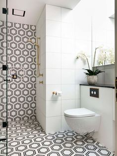 Idea, techniques, together with guide with regards to obtaining the very best outcome as well as coming up with the max perusal of walk In shower small bathroom Tiny Bathrooms, Small Bathroom, Bathroom Ideas, Guys Bathroom, Condo Bathroom, Bathroom Showers, New Ravenna, Stone Shower, Walk In Shower Designs