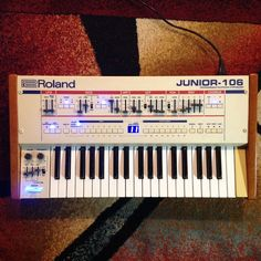 MATRIXSYNTH: Roland Junior-106 - Red, White, and Blue 37 Key Ju...