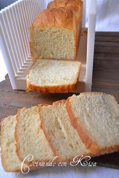 Pan de leche de molde Biscuit Bread, Pan Bread, Keto Bread, Food N, Food And Drink, Filet Mignon Chorizo, Bread Rolls, Sin Gluten, Kitchenaid