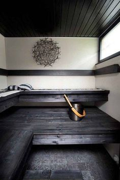 sauna - I want one of these one day! Spa Sauna, Sauna Room, Dark Bathrooms, Ensuite Bathrooms, Modern Saunas, Sauna Design, Outdoor Sauna, Finnish Sauna, Spa Rooms