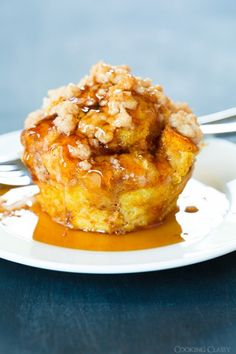 Pumpkin French Toast Muffins with Cinnamon Streusel Topping Im going to try this baked in a large pan. It would still be delicious, but not so much work!